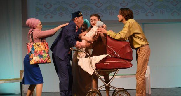 Тинчурин театрында Туфан Миңнуллин әсәре буенча куелган спектакльнең премьерасы булды