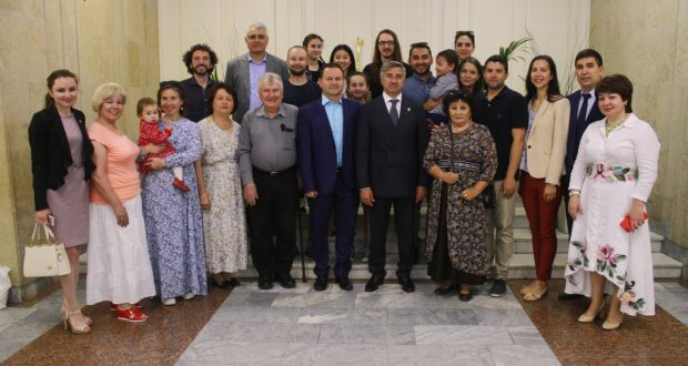 """Vasil Shaykhraziev at a meeting with the Tatars of Australia: """"Despite the fact that we live in different parts of the Earth, we are friendly, we are one"""""""