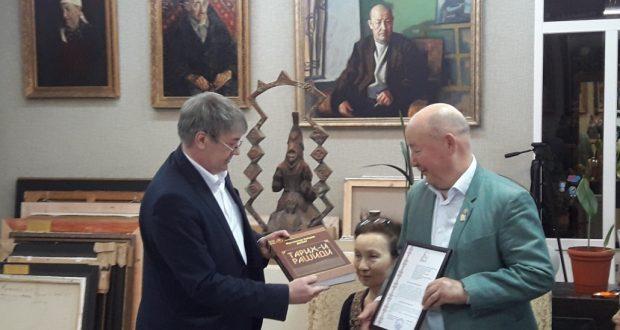 Художник Камиль Муллашев рассказал, как создавался портрет Габдуллы Тукая