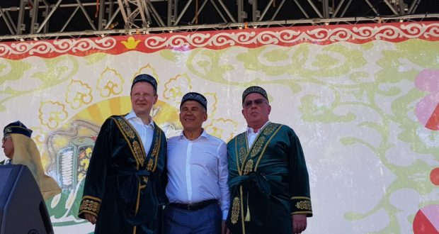 Rustam Minnikhanov took part in the celebration of Sabantuy  at the Altai Krai