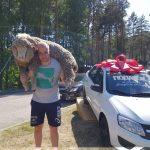 Алтай Сабан туенда көрәш җиңүчесенә Татарстан бүләге итеп машина тапшырылды (ФОТОЛАР)