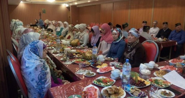 В Сургуте организуются коллективные ифтары