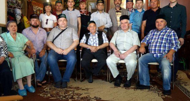 В «Штабе» татар Москвы прошла встреча активистов и ветеранов татарского движения «Ватан»