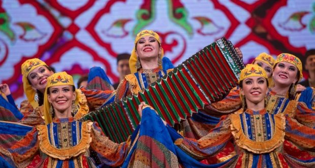 By what surprised the cultural landing from Tatarstan residents of Belarus?