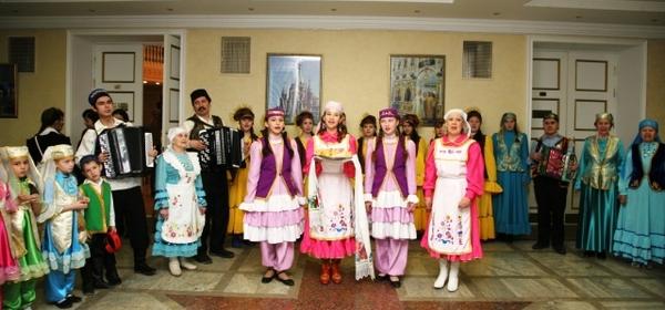 Татарский общественный центр Удмуртии проведет встречи в рамках акции «Мин мәктәпкә барам» («Я иду в школу»)
