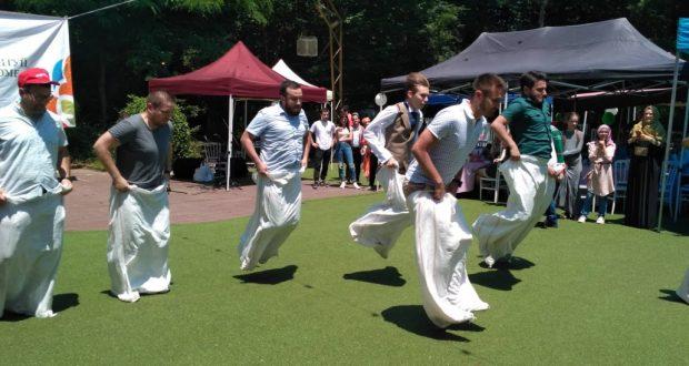 Истанбулдагы сабантуйда татар милләтенә бәрәкәт сорап дога кылдылар