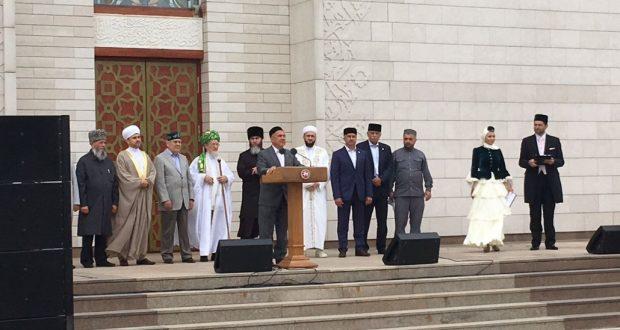 «Изге Болгар жыены» собрал мусульман всего мира