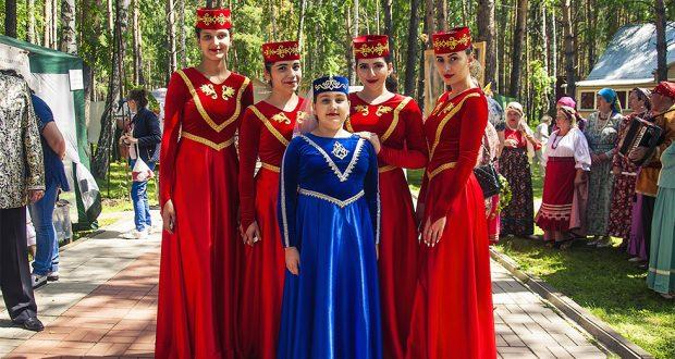 Сибирские татары приняли участие на международном фестивале
