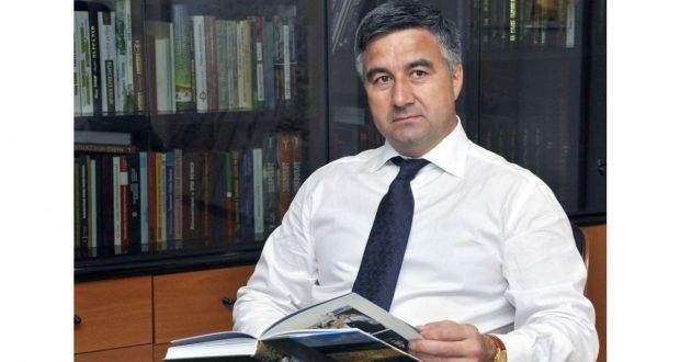 Председатель Национального Совета Всемирного конгресса татар  Василь Шайхразиев