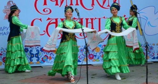 Краснодарском крае в городе Ачинске отмечают национальный праздник татар
