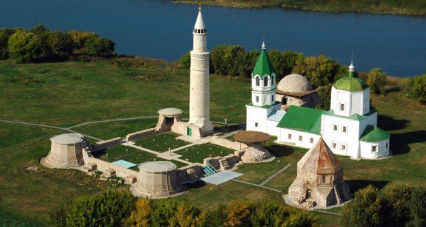 """Болгар музей-тыюлыгында «Үткәннәргә кайту"""" исемле күргәзмә ачылды"""