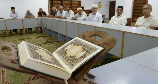 В соборной мечети г. Ростова-на-Дону состоялось заседание меджлиса Центрального Духовного Управления мусульман Ростовской области