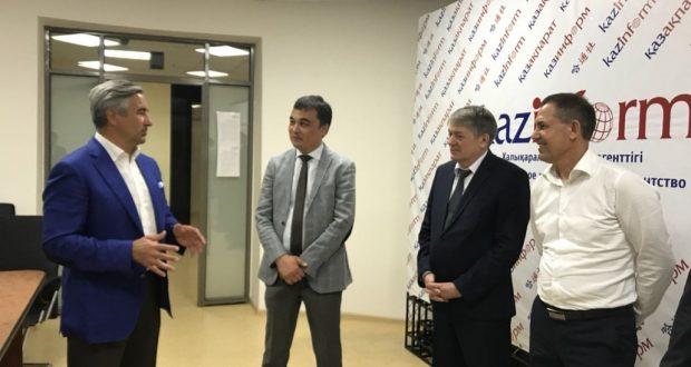 Васил Шәйхразиев Казахстанның әйдәп баручы мәгълүмат агентлыгында булган