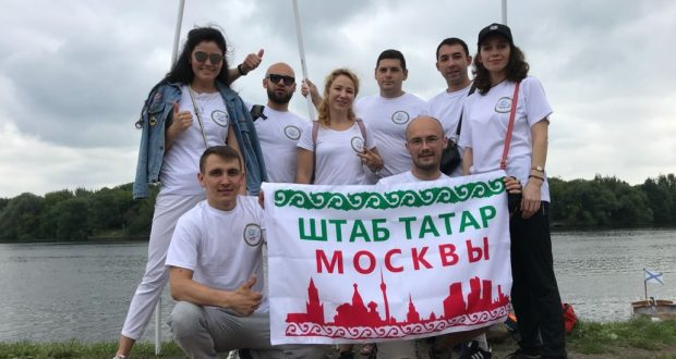 «Штаб» татар на московском юбилейном Сабантуе почтил память его первых организаторов