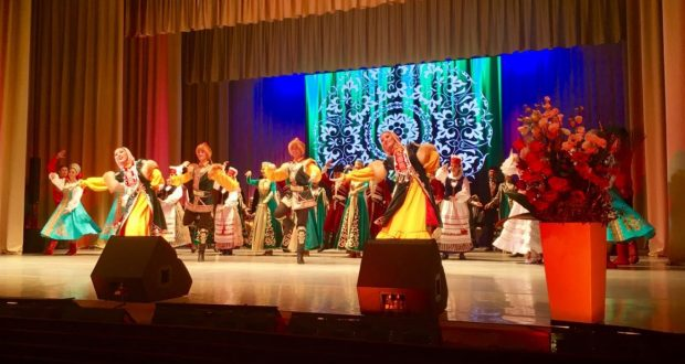 В Чебоксарах проходит концерт деятелей культуры Татарстана
