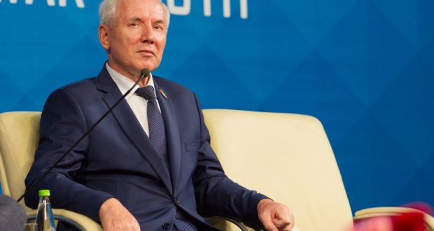 Head of Executive Committee of the World Congress of Tatars Rinat Zakirov celebrates the 70th anniversary
