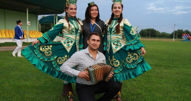 ФОТОРЕПОРТАЖ:  Форум делегатлары катнашындагы Арча шәһәрендә узган концерт