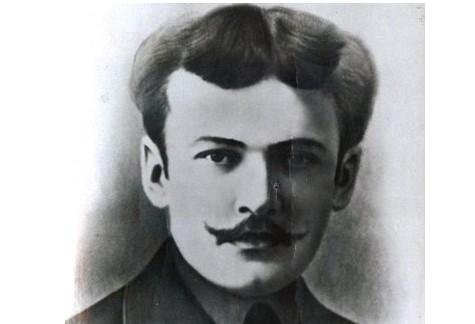 10 августа родился известный татарский революционер — Мулланур Вахитов