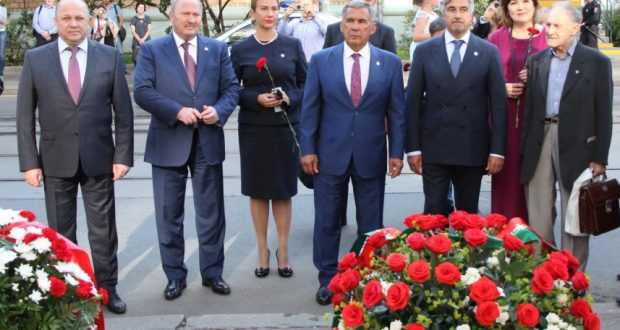 President of Tatarstan took part in a concert of artists of Tatarstan in Moscow