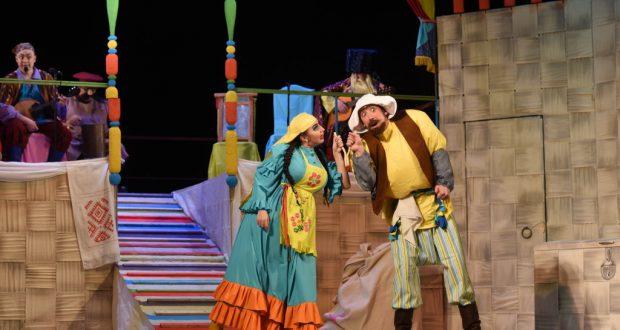 Тинчурин театры августта традицион бәйрәм спектакльләренә чакыра