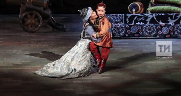 "Rustam Minnikhanov: Tatarstan can be proud of the opera ""Syuyumbike"""