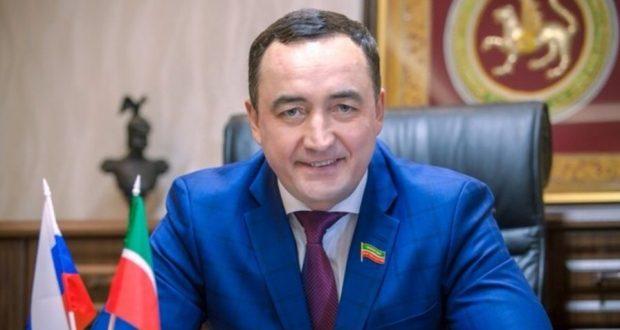 Фәрид Мифтахов: Без булганда татар теле бетмәс!