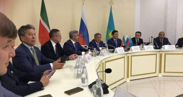 Rustam Minnikhanov met with the Tatars of Kazakhstan