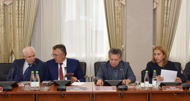Дәүләт Советы депутатлары Гаяз Исхакый музеен төзекләндерү кирәклеген билгеләп узды