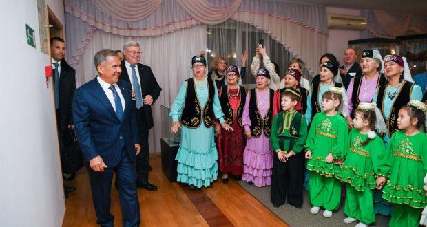 Рустам Минниханов встретился с татарской общиной Томской области