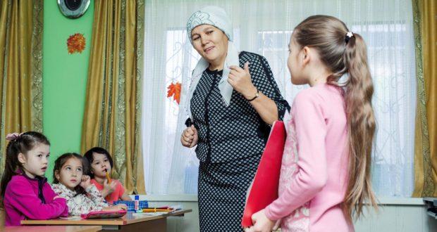 В Сургуте взрослые и дети бесплатно изучают татарский язык
