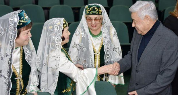 Фарид Мухамметшин: Соотечественники на Ямале сохраняют родной язык даже на «краю земли»